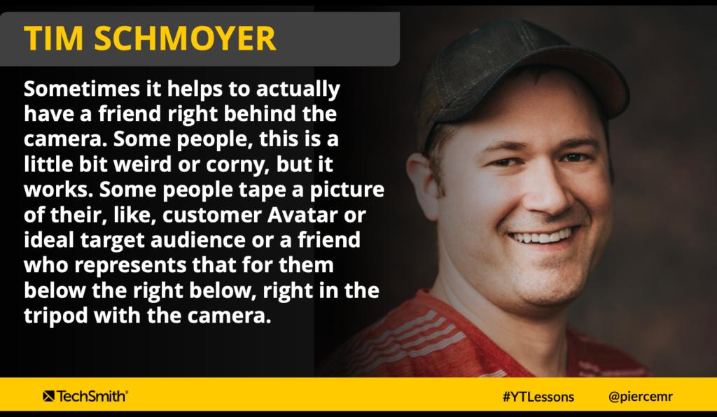 El consejo principal de Tim Schmoyer para ayudarlo a sentirse más cómodo con la cámara es usar este truco de cámara furtiva