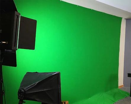 Pantalla verde de bricolaje para un estudio de grabación de bricolaje