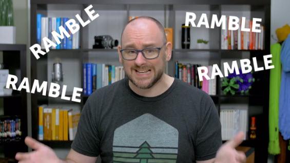 """Matt Pierce de TechSmith habla por su cámara web, con la palabra """"Divagar"""""""