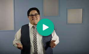 Miniatura de video con botón de reproducción verde